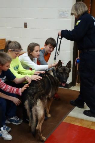 Kids Petting Hugo