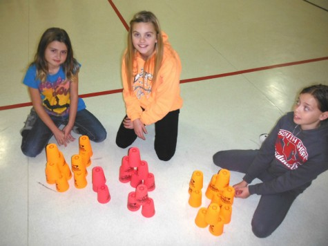 POCOHO_cupstacking
