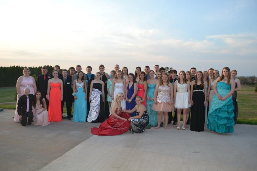 The beautiful ladies and the handsome men that attended prom